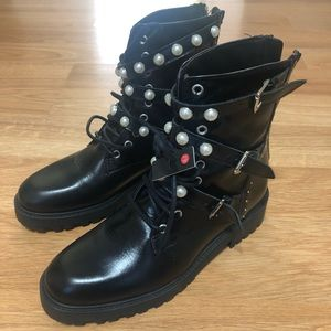 Brand New leather Zara boots